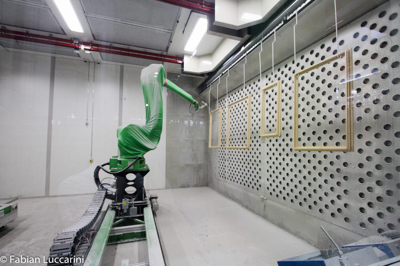 Lackierroboter für Fensterlackierung